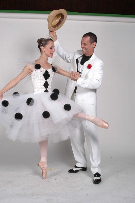 Ana Botafogo - bailarina clássica Carlinhos de Jesus - professor de dança de salão