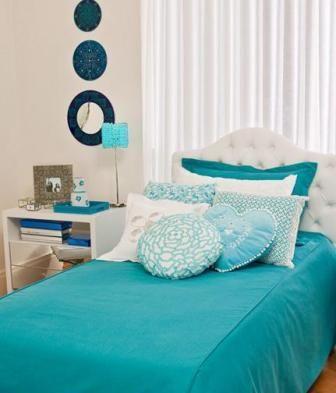 quarto azul turquesa