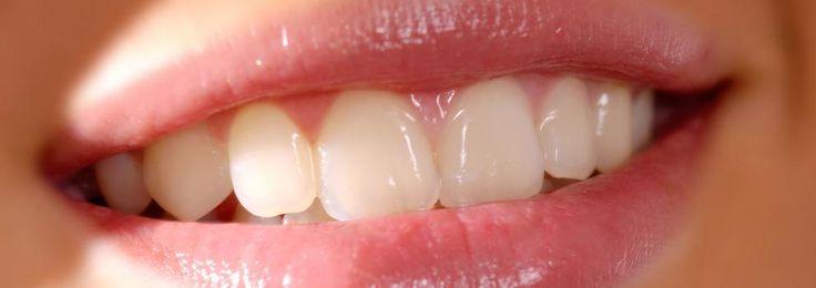 En Clínica Dental Dr. Esteve Padrós llevamos años trabajando en Odontología estética, ortodoncia Damon e Invisalign en Barcelona.  Le agradecemos la confianza depositada en nosotros. ¡Le esperamos!