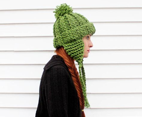 diy ear flap hat - thick and quick - promised as a one evening knit.