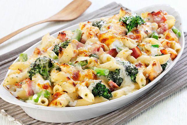 Penne brocoli et jambon  Note: Doubler la sauce et rajouter chou-fleur et des épices fines herbe, concentré bovril au poulet