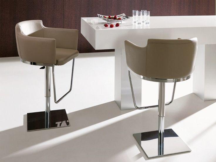 42f0f1a8a3eb Para elegir taburetes de cocina tendremos en cuenta que son un elemento  funcional y decorativo. Nos fijarnos en su comodidad, lineas y colores.