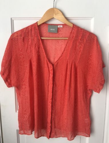 Maeve-Anthropologie-Blouse-Coral-Pink-Chevron-Silk-Tiburon-Button-Down-Shirt-M