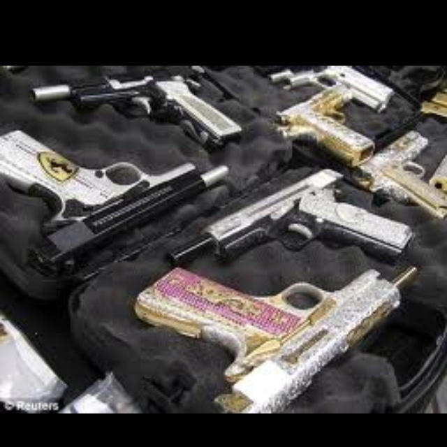 Bling hand guns. SAFETY AND BLING: Drugs Lord, Guns Stuff, 1911S Bling, Guns Collection, 2Nd Amendment, Drugs Carteles, Things, Image Diamonds, Diamonds Guns