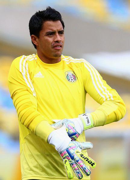 alfredo talavera goalkeeper mexico brasil 2014  
