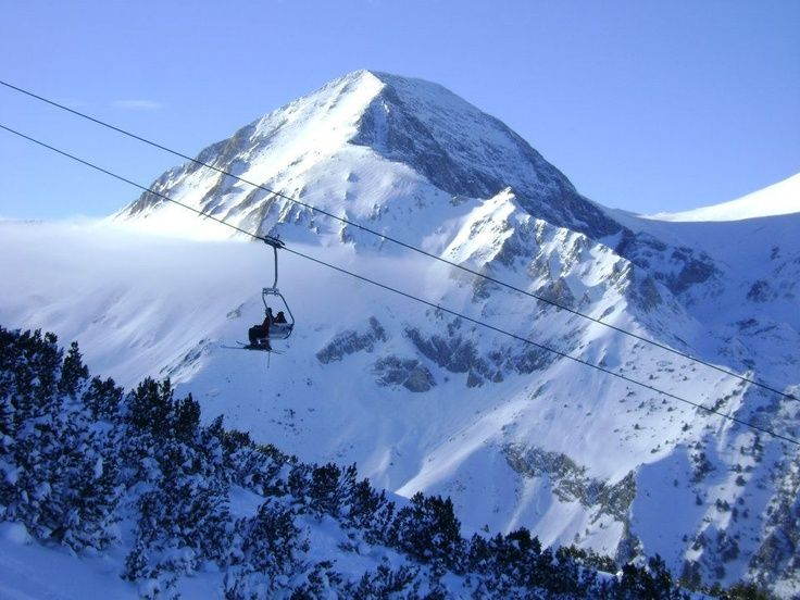 Skiing in Bansko, Bulgaria www.bansko-bulgaria.com
