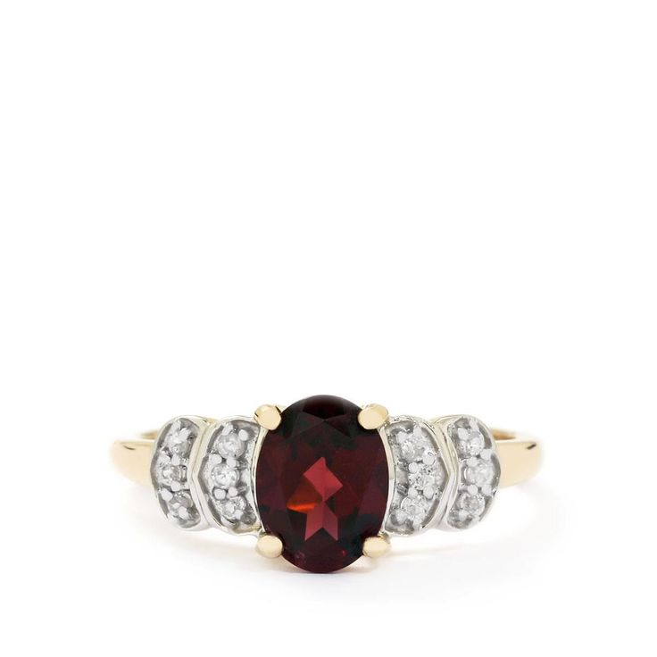 A gorgeous Ring from the Jacque Christie collection, made of 9K Gold featuring 1.52cts of adorable Rhodolite Garnet and White Zircon.