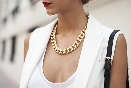 #Gold and chunky #jewelry to die for