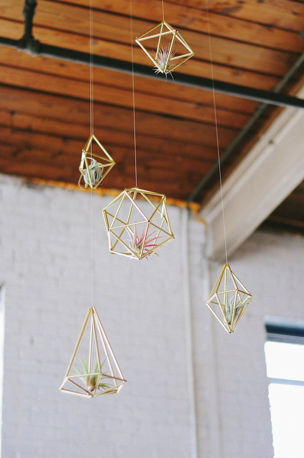 Hanging airplants - A Geometric & Modern Shoot: Styled at Ambient Plus Studios - www.theperfectpalette.com - Green and white color palette