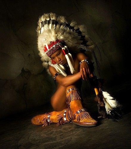 wow, this is great, I think all different cultures have their own look. Love Native life... ( :