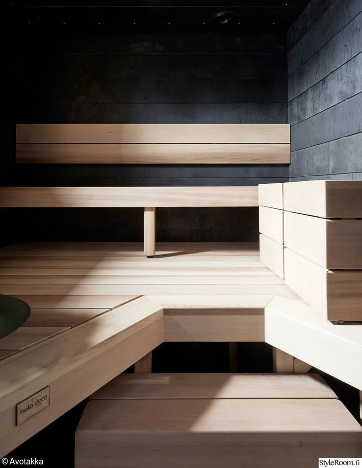 asuntomessut,sauna,puu,saunan lauteet,valoisa