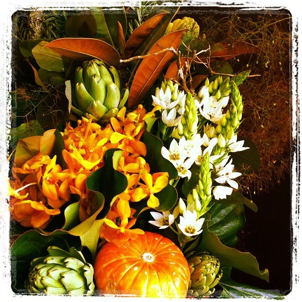 #instagramhub #flowers #flora #fleurs #flower #florist #floweroftheday #photooftheday #iloveflowers #nature #instanature #stem #petals #instagood #iphonesia #instagram #textures #instamood  #picoftheday #color #orange #pumpkin #artichoke
