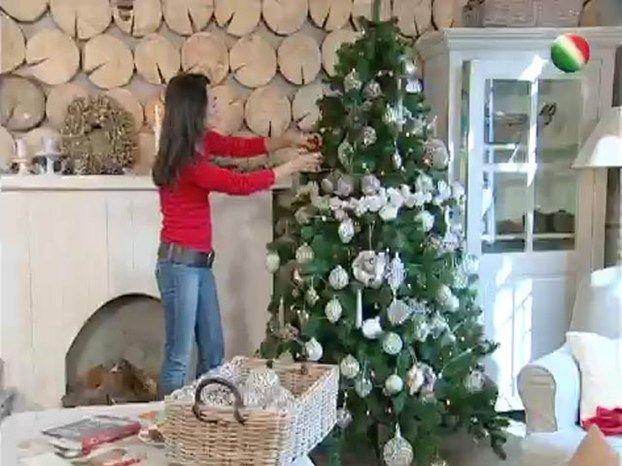 Decorare l'albero di Natale con Csaba Dalla Zorza
