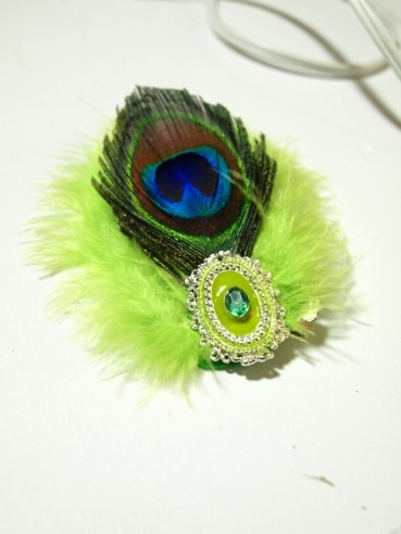 How to Make a Vintage Inspired Feather Hair Clip for Under $5