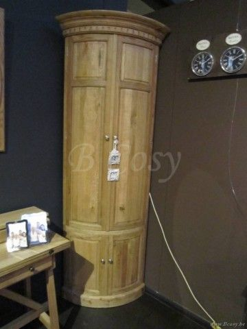 """PR Interiors Athena Hoekkast in weathered oak-eik 120<span style=""""font-size: 0.01pt;""""> PR-Rogiers-Home-Interiors-CHR/171/03 hoekkast-kast-voor-hoek-armoire-de-coin-meuble-de-coin-meubles-de-coin-armoires-de-coin-hoekkasten-uitstalka </span>"""