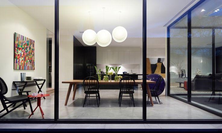 SKD Residence - Mim Design -dark frame