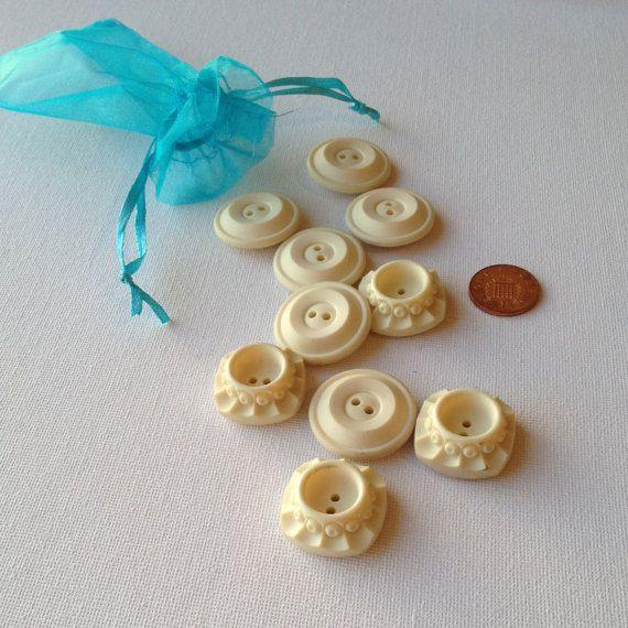 10 Vintage Cream Georgian Style Buttons  Medium by GrannieBunting, £5.50