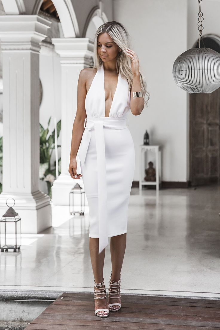 White dress dream meaning - Be Sure To Stand Out From The Crowd With This Amazing Dress Pair With A