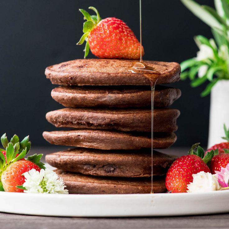 Dieses Rezept für gesunde Schokoladenpfannkuchen ist ein besonderes, aber nahrhaftes …