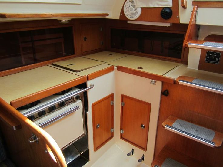 1981 Yamaha 33 Tall Rig Sail Boat For Sale - www.yachtworld.com