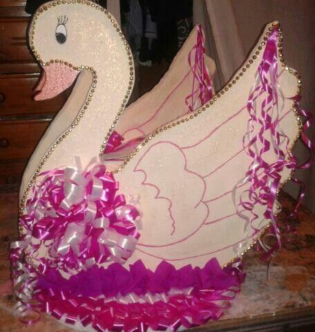 Cisne buzon para sobres para los quince