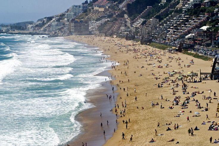 Viña del Mar by First Premium Travel, Always the best of Chile. #puerto #port #mar #sea #patrimonio #heritage #ascensores #elevator #playa #beach