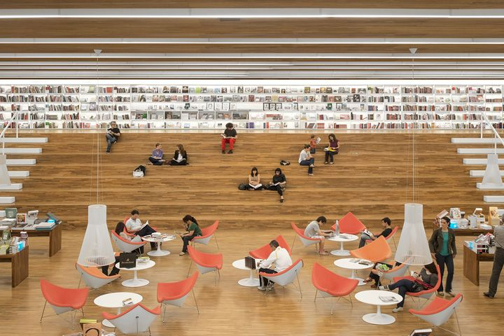 Грандиозный дизайн-проект книжного магазина Cultura