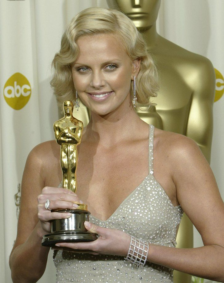 """Pin for Later: The Best Wisdom From Best Actress Oscar Speeches Acknowledge Others' Support """"And my mum: You've sacrificed so much for me to be able to live here and make my dreams come true."""" — Charlize Theron for Monster (2004)"""