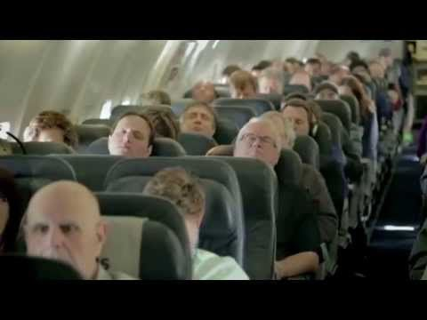 ▶ Surprise of the best airlines of Canada planted / カナダの航空会社が仕掛けた最高のサプライズ - YouTube