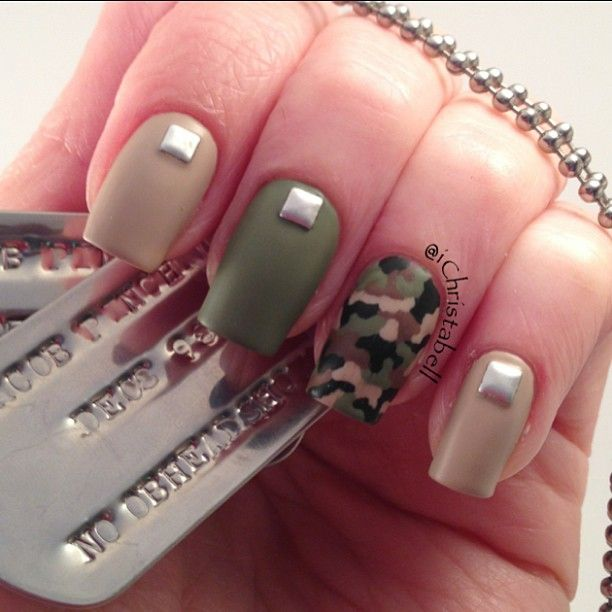US Army Nails