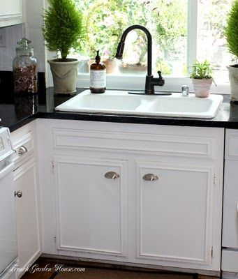 Best 25 Formica cabinets ideas on Pinterest Can you paint