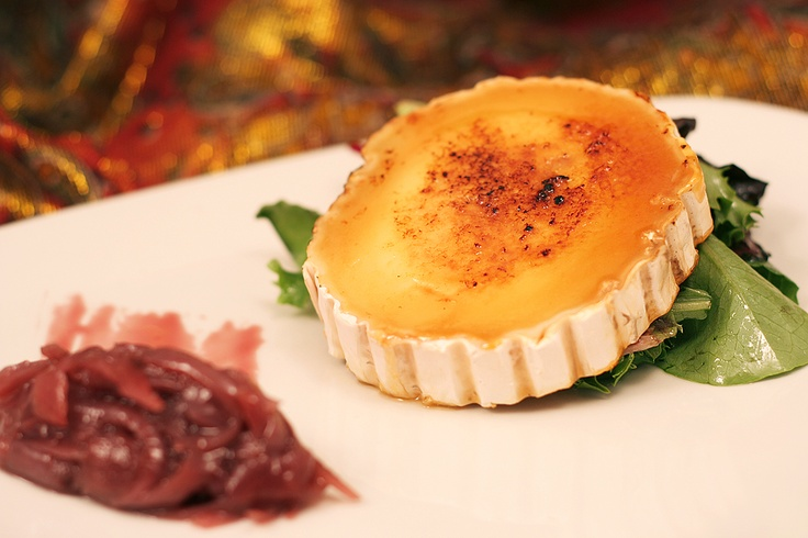 Chevre Brulee - Bruleed Goat Cheese with Caramelized Onions!  http://www.thesultanstent.com