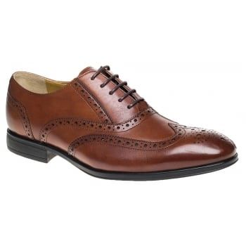 'Finchley' is a classic dress shoe from Steptronic, these are hand made to provide the ultimate in fit. The genuine 100% rubber soles give superior comfort, cushioning, flexibility and traction. The fully padded cushioned socks have a memory foam backing enhancing the comfort of the shoe while walking. Each shoe is made with a luxurious leather upper, soft sheepskin lining and has a natural sole in pure reflex rubber…