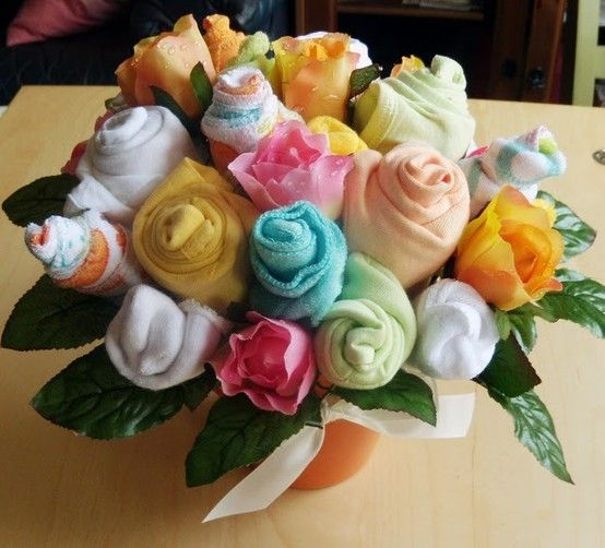 Diy onesie bouquet for a baby shower on pinterest