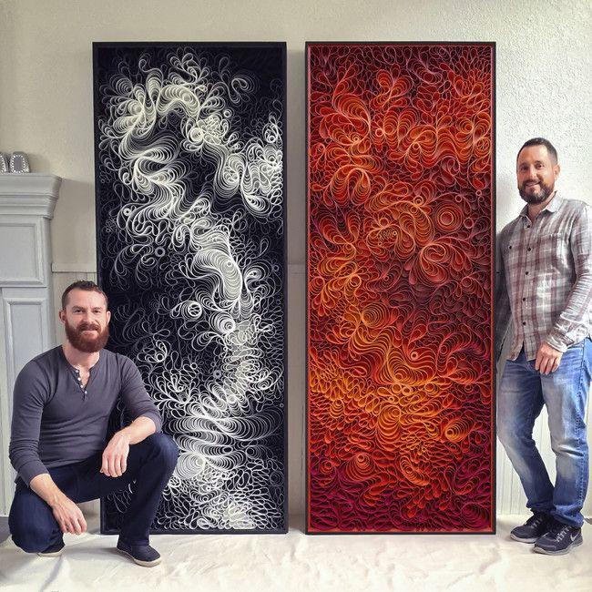 Dieses künstlerische Duo macht diese ungewöhnlichen, hypnotisierenden Stücke auf eine sehr ungewöhnliche Art und Weise. Sie nehmen Leinwand-Streifen und formen sie in wunderschöne Muster. Dann bemalen die die Ränder der Leinwände um komplexe Farbpaletten zu bekommen. Die Künstler sind auch...
