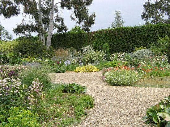 Сад в природном стиле – советы по организации и уходу
