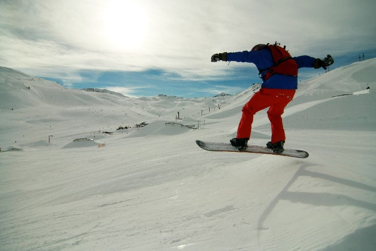 Learn how to ski or snowboard from the best instructors in Tignes