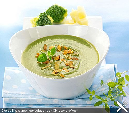Brokkoli-Kartoffel-Suppe, ein raffiniertes Rezept aus der Kategorie Kochen. Bewertungen: 12. Durchschnitt: Ø 3,6.