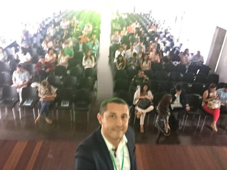 Selfie en el previo del V Congreso Internacional Mercadeo sobre Marketing Territorial celebrado en Institución Universitaria Esumer Medellin