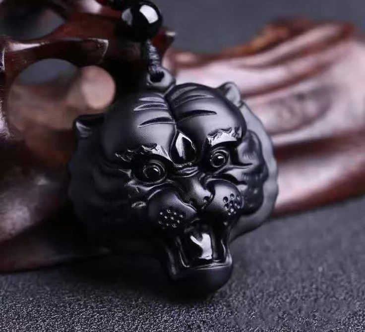 Beautiful Handwork Natural Obsidian Carved Chinese Tiger Head Lucky Amulet Pendant + Rope Necklace Pretty Fashion Jewelry