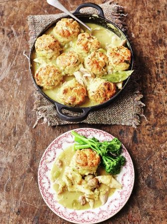 Turkey stew - replace the maize flour in the dumplings for chestnut flour for an extra Christmassy flavour - 500cals