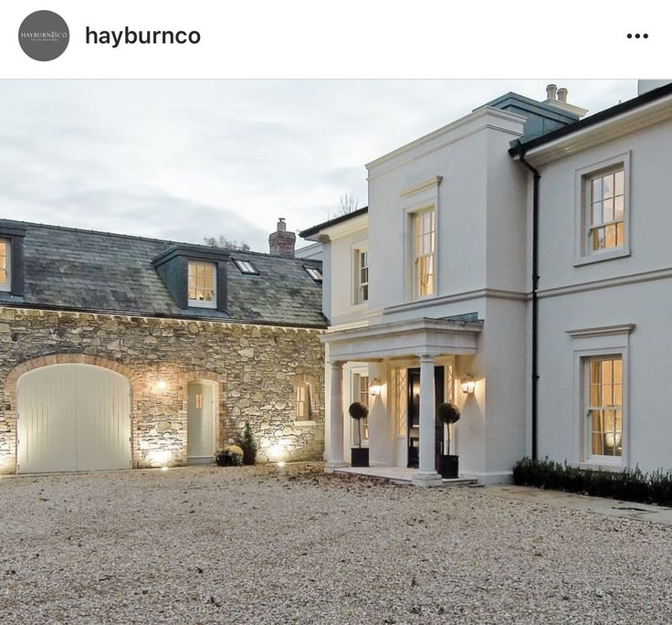 Best 25 stucco homes ideas on pinterest white stucco house mediterranean house exterior and - The house with protruding windows ...