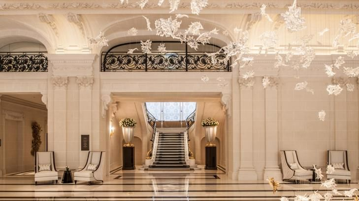 Le Peninsula Paris Hotels De Luxe Champagne Restaurants