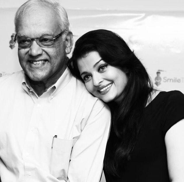 Aishwarya With Her Father Krishnaraj Rai Celebrity Families Aishwarya Rai Aishwarya Rai Bachchan