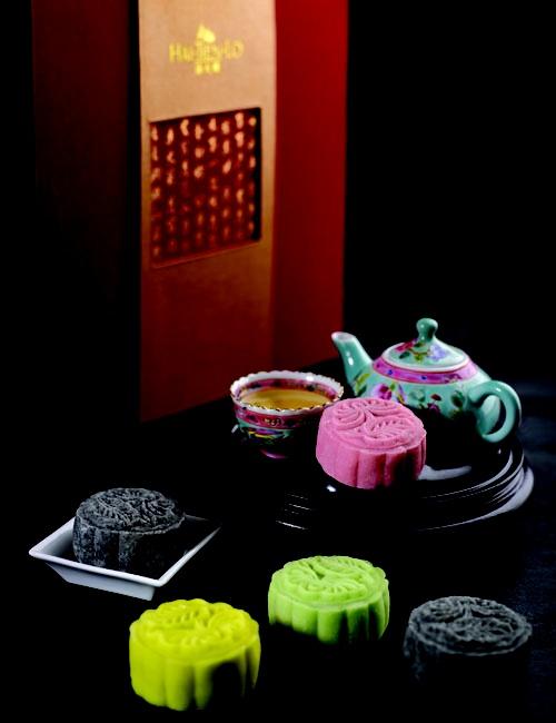 Indulgent Durian, Sweet Green Tea, Fragrant Jasmine and Black Sesame mooncakes