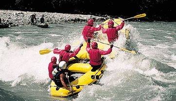 Imster schlucht rafting: Rafting class III- IV by Wilder Kaiser
