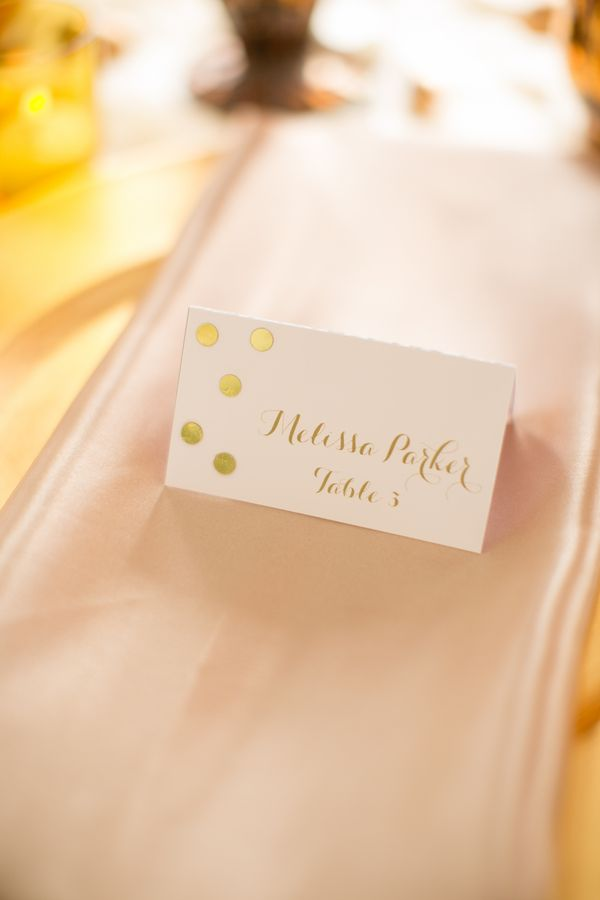 gold dot place cards