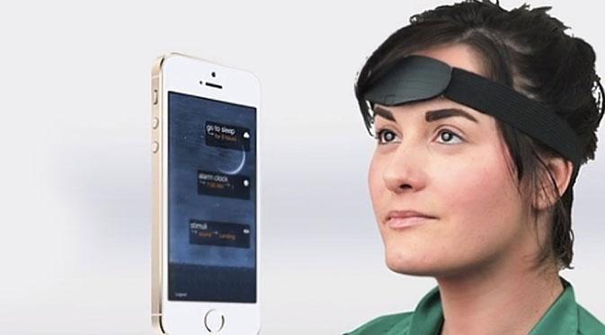 Melalui aplikasi pendamping, Aurora tahu kapan Anda bermimpi dengan cara mendeteksi gelombang otak, pergerakan mata, dan gerakan tubuh.