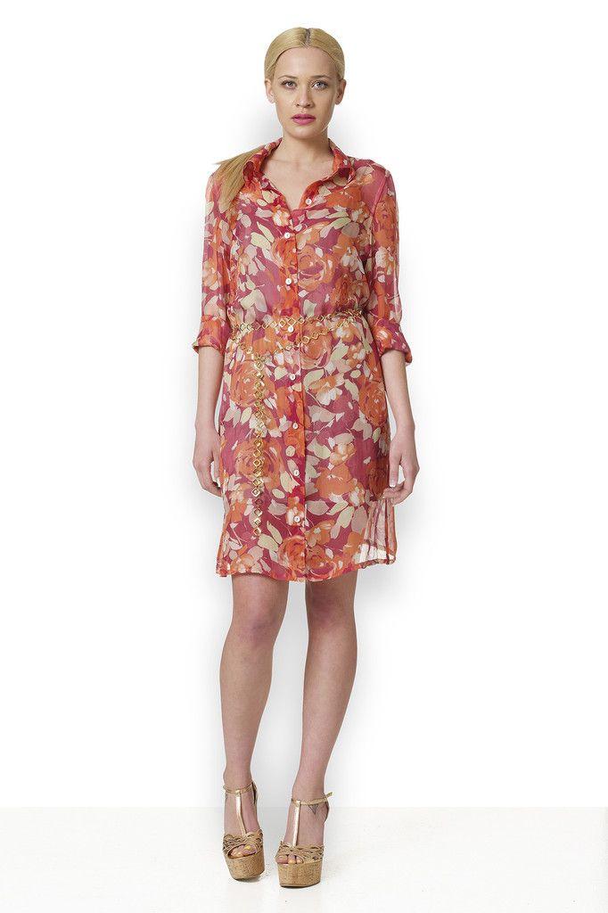 Υπέροχο μεταξωτό λουλουδάτο πουκαμισοφόρεμα σε πορτοκαλί χρώμα με μακρύ μανίκι.