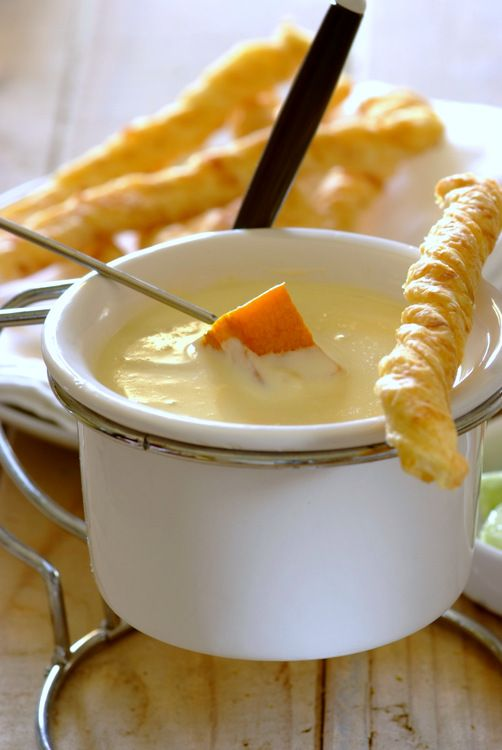 Velvety Cheese Fondue Sauce! Steamed veggies such as asparagus, whole button mushrooms, broccoli, cauliflower and baby potatoes make excellent dipping options...  #cheese #fondue #easy